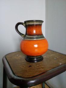 Pichet, vase en céramique, faïence émaillée, orange