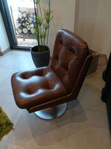 2 fauteuils vintages simili cuir marron