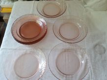 Lot 10 assiettes ARCOROC rose