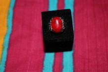 bague effet argente pierre rouge dragon indien fantaisie
