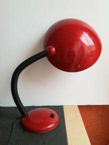 Lampe rouge vintage 60/70 métal et plastique style industriel