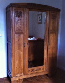 Belle armoire et chevet en chêne Arts Deco