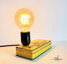 """Lampe vintage, lampe d'ambiance, lampe de chevet - """"Les Bêtises"""""""