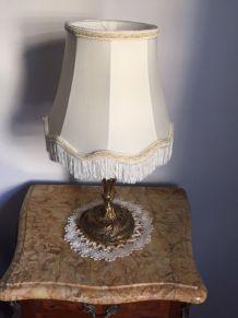 lampe pieds bronze
