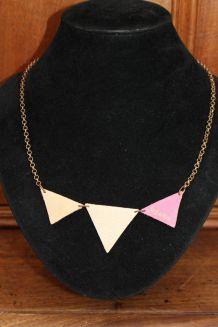 collier cuir triangle fantaisie effet dore chance kate lee