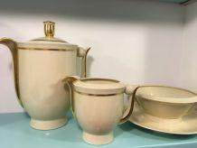 Ensemble porcelaine Ancienne Manufacture Royale