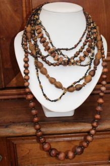 lot Colliers long style africain indien bois vintage