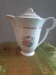 cafetière modèle café mars, l'Amandinoire (motif fleur rose)