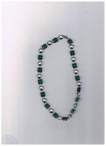 Collier perle vert et blanc