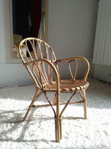 Petite chaise enfant en rotin