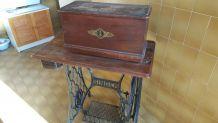 Machine à coudre vintage Singer
