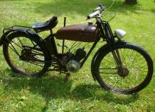 "Ancienne Moto de Collection ""Magnat Debon"""