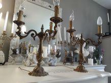 Paire de chandelier candelabre electrifié bronze