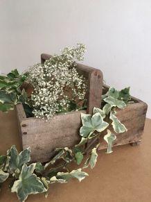 Panier de jardin, ancienne servante d'atelier