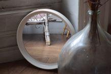 Miroir blanc vintage