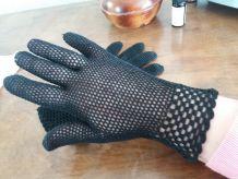 Gants noirs au crochet