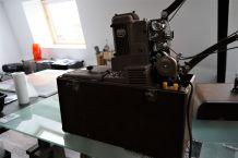 Projecteur AMPRO (en état de fonctionnement)