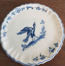 Assiette en porcelaine moustiers