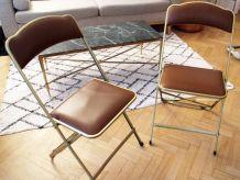 Duo de chaises vintage pliantes dorés et skaÏ marron