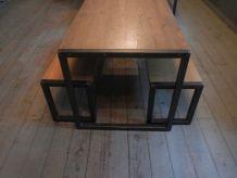 Table en bois chêne clair massif