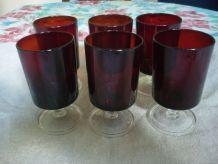 6 verres a pied couleur bordeaux vintage