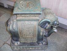 ELEPHANT CERAMIQUE VERT