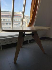 Table Jean Prouvé