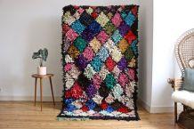 Grand tapis boucherouite berbère tissé main au Maroc tissé main au Maroc