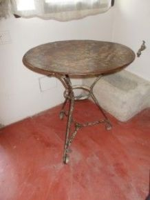 Table d'appoint metallique