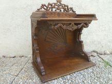 étagère ancienne en bois artisanale