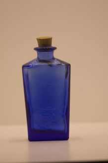 Petit flacon d'apothicaire bleu cobalt