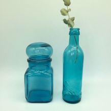 Bocal bleu et bouteille assortie