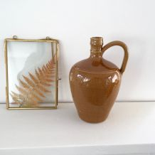 Cruche en céramique