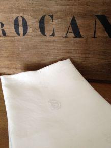 10 serviettes de table monogrammées