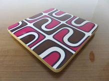 Dessous de plat en formica motif psychédélique années 70