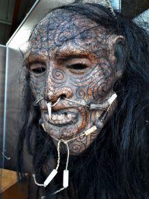 tete resine maori deco