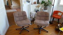 Superbes fauteuils design Charles POLLOCK