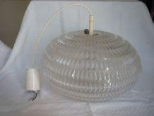 Suspension lustre en plexiglas forme de soucoupe