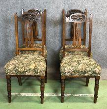 Suite de 4 chaises Art nouveau en chêne