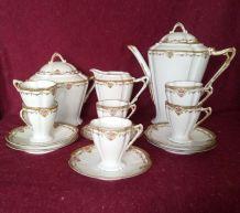 Service à café ou thé 15 P. Limoges