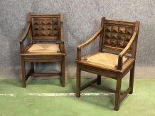 Paire de fauteuils des années 50 en châtaignier