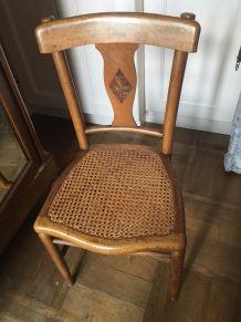 Chaise Art Nouveau en bois massif