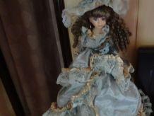 poupée de collection