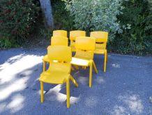 Série de 4 chaises jaunes