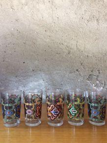 5 verres à liqueur très beau décor - vintage