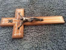Crucifix mural