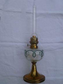 Lampe a petrole ancienne