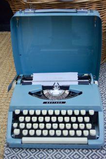 Machine à écrire vintage Brother années 60