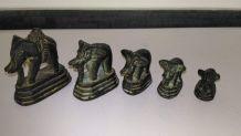 Petite famille d'éléphants en bronze