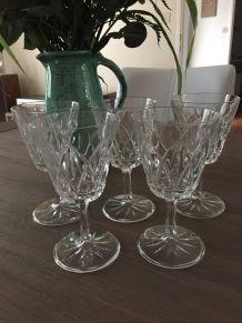 5 verres à pied